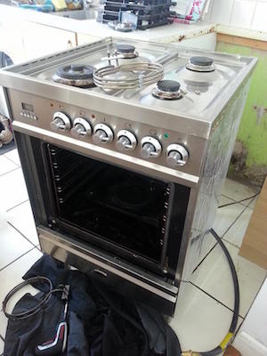 Repair to a Britannia Dual Fuel Cooker